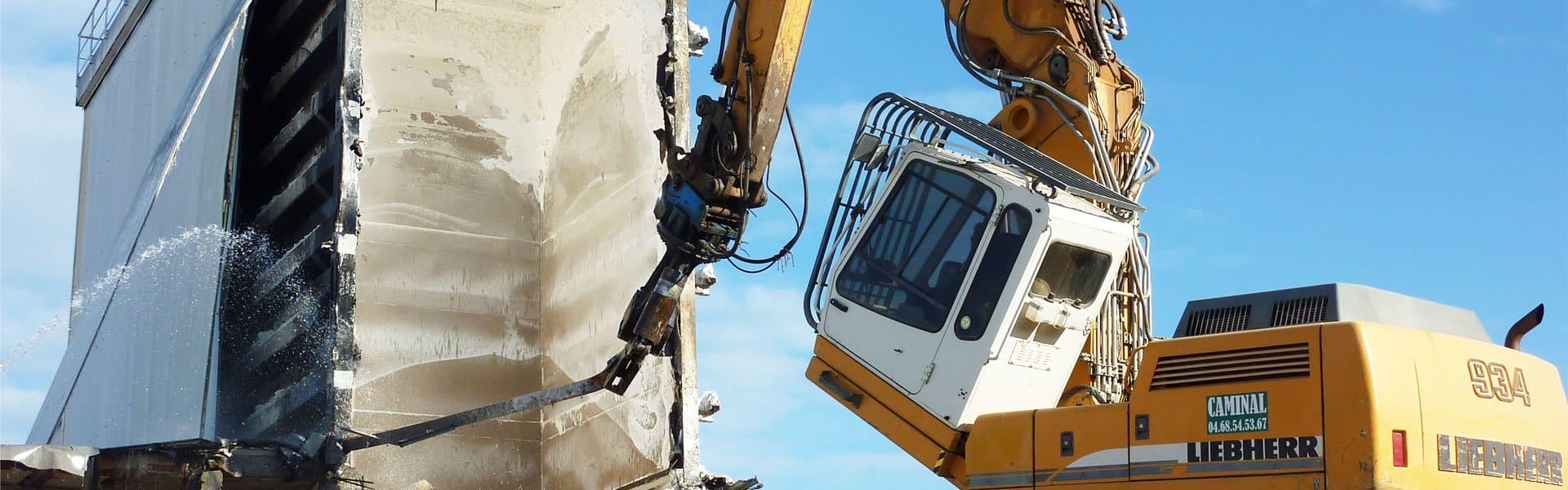 demolition-caminal-destruction-usine-cemoi-perpignan